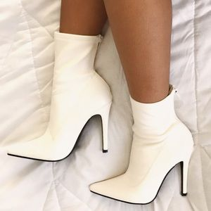 ♡ super cute white sock booties ♡